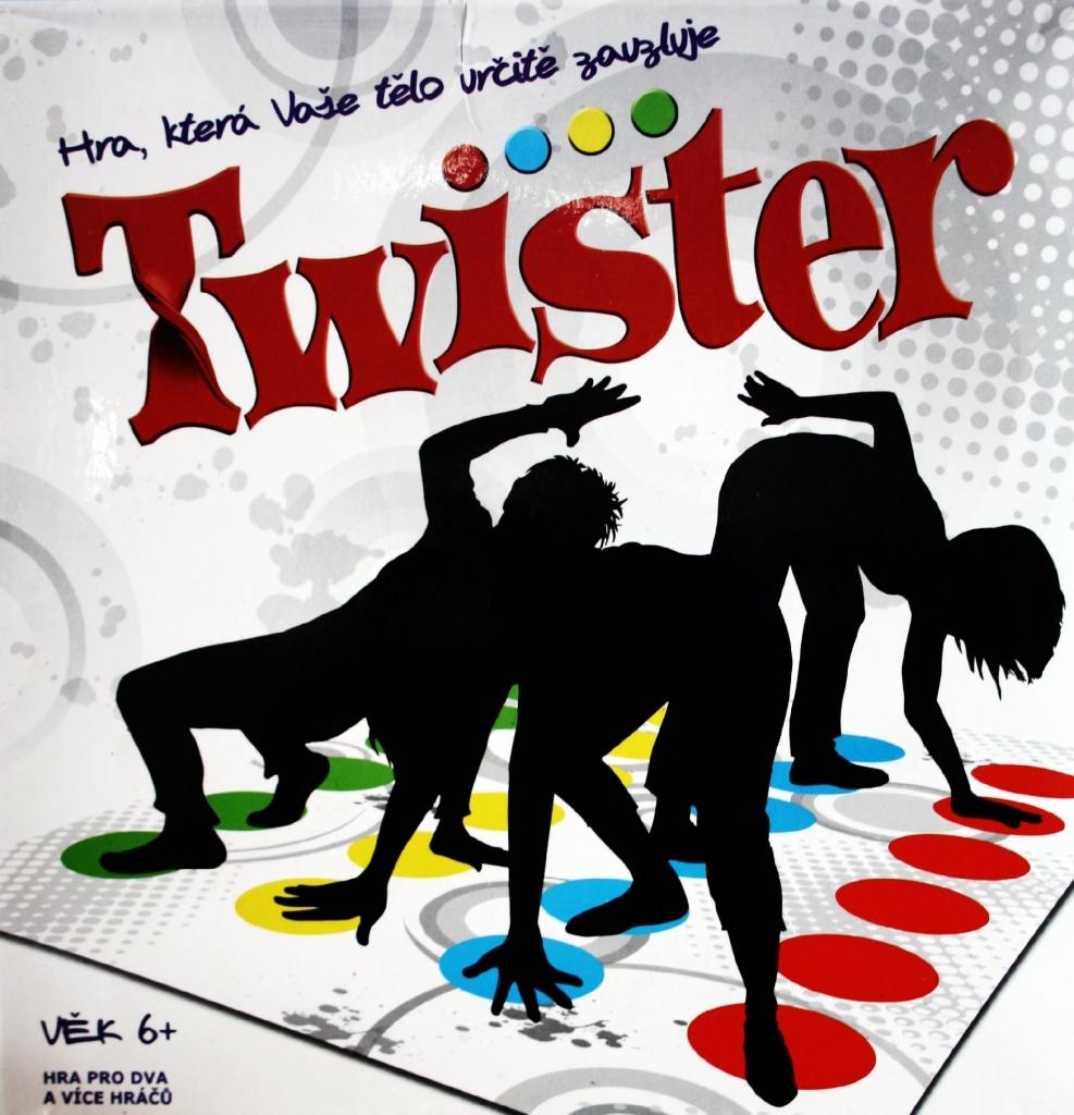 Společenská hra TWISTER v akci!